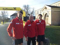 Das Laufteam Josef Brunner, Christoph Wenisch und Max Wenisch. Foto: zVg