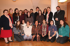Bildungsstadträtin Mag. Wegl und GR Mag. Bergmaier begrüßten die SchülerInnen des BRG Ringstraße mit ihren Gästen aus Isreal und Lehrerin Mag. Streibel. Foto: Stadt Krems.