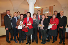 Die Jubilare des Magistrats Krems mit Vizebgm. Gottfried Haselmayer und Stadträtin Eva Hollerer. Foto: Stadt Krems.