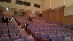 約500席のホールはお客様で一杯でした!