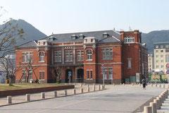 旧門司税関の建物