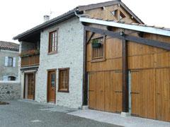 Gîte Castel Vert à Valcabrère, tout près de Saint Bertrand de Comminges, label grand site de la région Occitanie Pyrénées Méditerranée, département de la Haute-Garonne, Pyrénées centrales