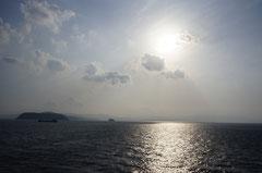 屋久島から鹿児島へ向かうフェリーから