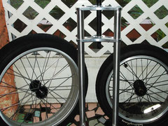 "24"" x 4.25""  wheel [left] +  20"" x 4.25"" [right]"
