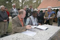 Feierliche Unterzeichnung der Vereinbarung zum Klimaprojekt