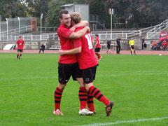 Foto: www.Dresdner-SC.de - Haase und Harnath freuen sich über den 1:1-Ausgleich