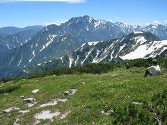 山頂から剣岳。