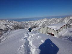 スキー場トップより展望台に上がる。本日は晴天なり。