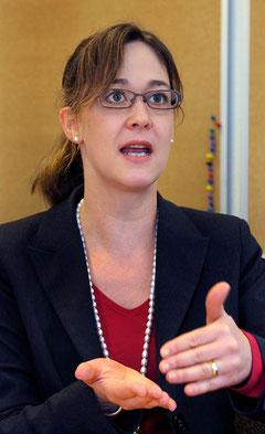 """Susanne Blank: """"Die Arbeitsproduktivität ist stärker gestiegen als die Reallöhne""""."""