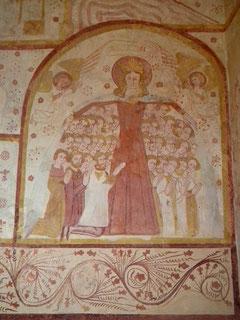 """Saint-Cénéri-le-Gérei, Normandie, Orne, église romane, peinture murale : """"la Vierge au Manteau"""""""