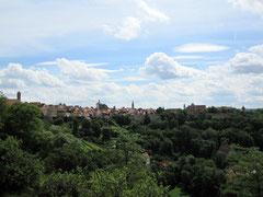 Rothenburg o.d. T., Blick vom Burggarten auf die Altstadt mit dem Kappenzipfel