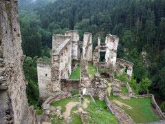 Burg Kollmitz, Blick vom Bergfried auf die Hauptburg