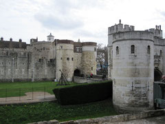 Tower of London, Middle Tower und Byward Tower