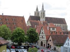 Rothenburg o.d. T., Blick vom Wehrgang auf die Jakobskirche