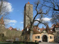 Rothenburg o.d. T., Burgtor mit Bastei