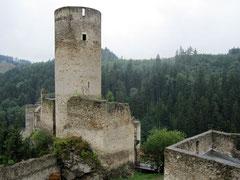 Burg Kollmitz, Blick von der Vorburg auf den Bergfried
