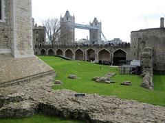 Tower of London, Wakefield Tower und inmost ward mit Resten des Coldharbour Gate und der Main Guard Wall