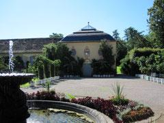 Schloss Belvedere, Orangerie mit Garten