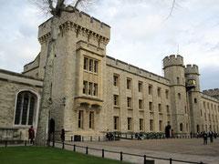Tower of London, Waterloo Block mit Jewel House
