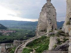 Burg Dürnstein, Blick von der Kapelle auf Reste des Palas