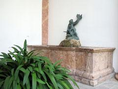 Residenz Landshut, Brunnen im Innenhof