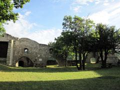 Burg Hainburg, äußerer Burghof