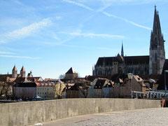 Steinerne Brücke und Dom, Regensburg