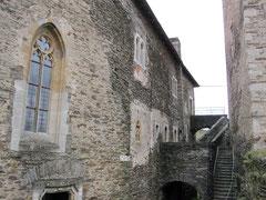 Burg Hardegg, Wohngebäude und Bergfried