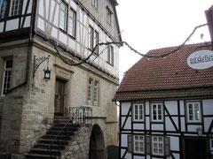 Rathaus zwischen den Städten von der Neustadtseite aus gesehen, Warburg