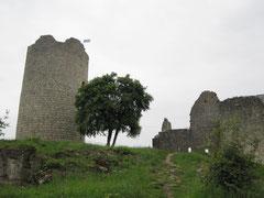 Burg Kallmünz, Bergfried, Kapelle und Palas