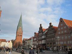 Platz Am Sande und Kirche St. Johannis, Lüneburg