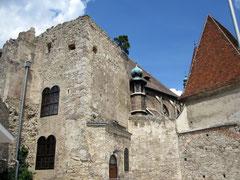 Burg Perchtoldsdorf, Ruinen der Wohngebäude der Herzogsburg