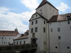 Veste Oberhaus, Eingangstor zum äußeren Burghof
