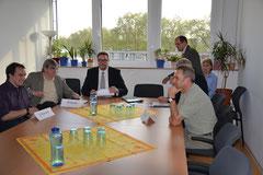 Gesundheitsminister Schweitzer & Patientenorganisationen im Pressegespräch (von ls: D. Kouvaris (LVS), W. Knauf (Initiativgruppe ME/CFS), A. Schweitzer, B. Aichmann (MASGD), R. Clos (LVS). verdeckt R. Frietsch (Initiativgr. ME/CFS) K.Lenz (Fatigatio e.V)
