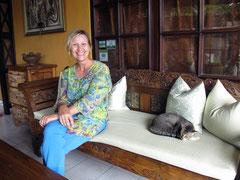 Mrs. Ulli, la padrona di casa tedesca della Guci Guesthouse in Ubud (Photo by Gabriele Ferrando)
