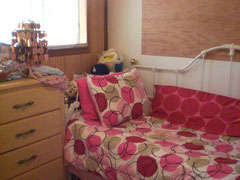 部屋② PINK ROOM