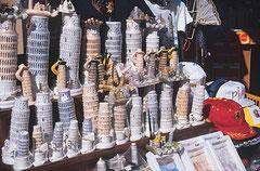Souvenirladen in Pisa