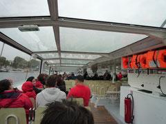 当たり前ですが、アムステルダムのcanal cruiseとそっくりです。