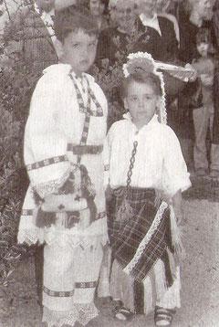 """""""Dani Plehan"""". Djeca u tradicionalnoj narodnoj nošnji plehanskog kraja"""