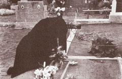 Posjet grobu