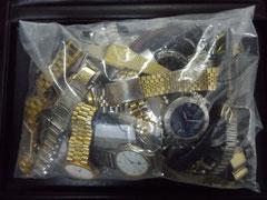 買い取りさせて頂いた壊れた時計