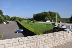 Blick zum Beinhaus und Frt. Douaumont