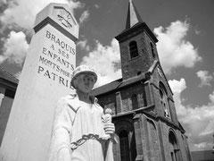 Braquis - Monument und Kirche
