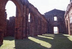 Ruines de la mission de Sao Miguel (cliquer pour agrandir)