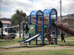 練習場は児童公園