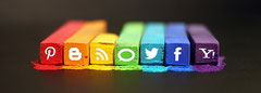 Image: 'The Art of Social Media' http://ow.ly/kyOYd / flickrcc.net