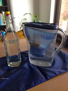 Entkalkung mit dem Brita-Wasserfilter ist die am meisten verbreitetste Methode in europäischen Haushalten.