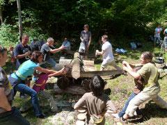 Spannende Teamwettkämpfe beim Holzsägen