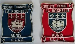 2 plaques représentant des titres CACS et RCAS de coach canin 16 educateur canin charente