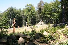 Ciszę i spokój tego cmentarza z lat I wojny światowej słychać nawet na tym zdjęciu